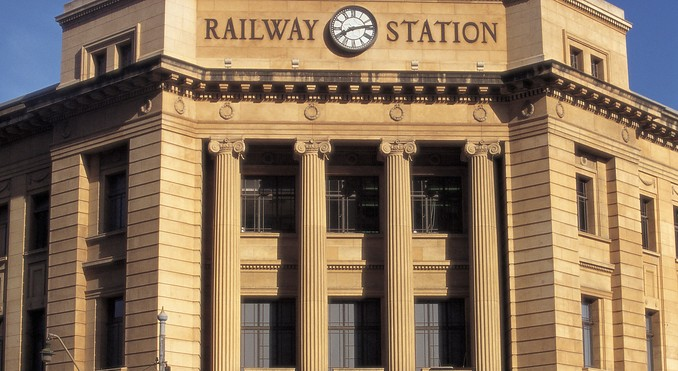 adelaide-railway-station-40643.jpg