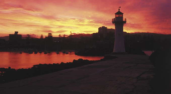Tourism Wollongong 2000