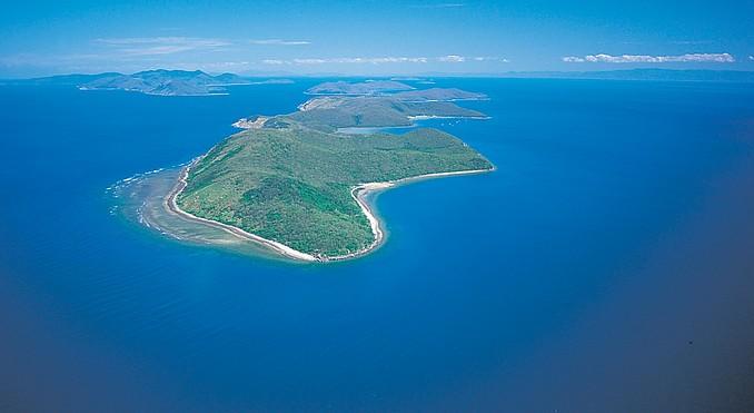 Orpheus Island Australia  city photos gallery : Orpheus Island Information Maps Photos And Things To Do