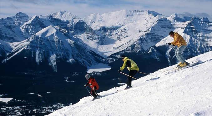 Image courtesy of Banff Lake Louise Tourism/Scott Rowed