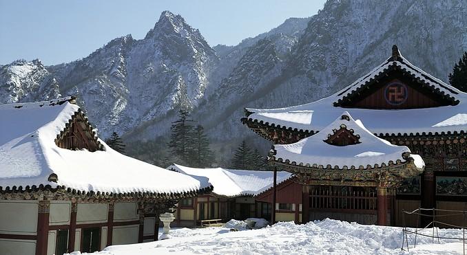 sinheungsa-temple-mt-seoraksan-57224.jpg